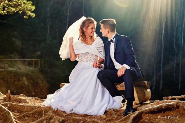 Sesja ślubna w plenerze – Kolorowe Jeziorka w Sudetach.